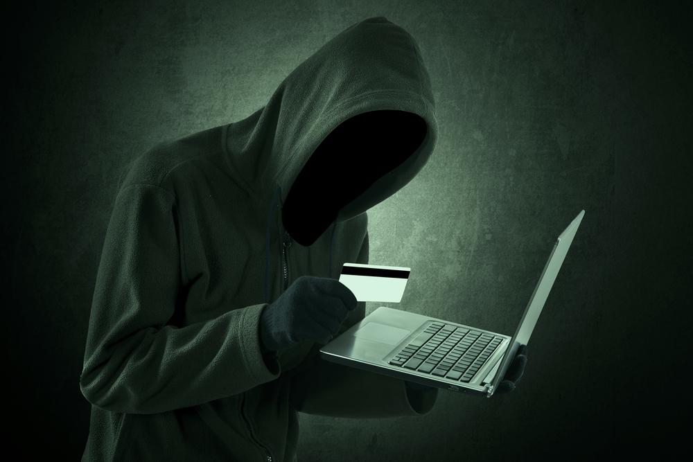 Cómo protegerte ante un fraude con tarjetas de crédito - fraude-con-tarjeta