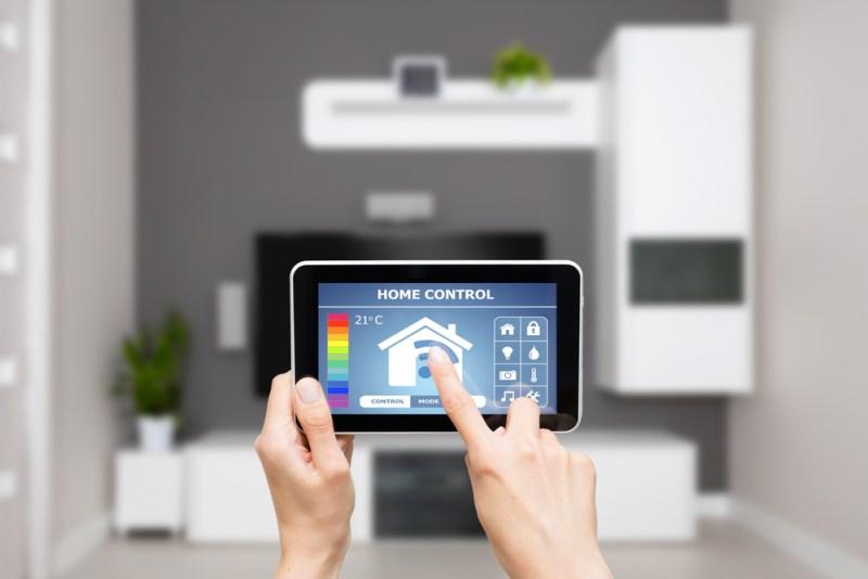 Descubren vulnerabilidades en 'hub' para el 'hogar inteligente' que habilita ataques remotos - casa-inteligente-800x534