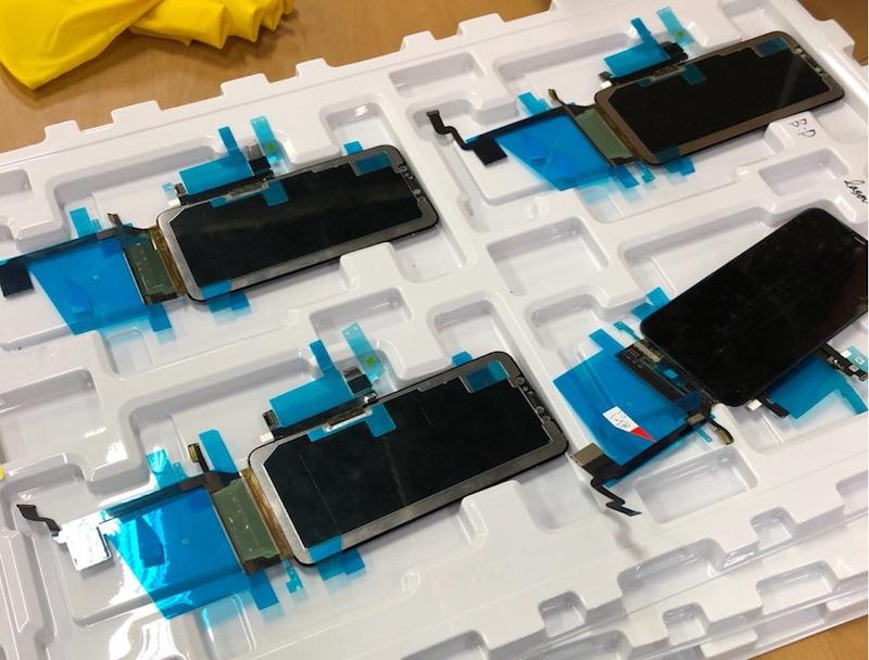 Se filtran algunas partes del iPhone X Plus, modelo que Apple lanzaría este año. - iphxplus-assambled-display