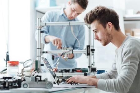 ¿Cómo inspirar a los jóvenes para que apuesten por carreras de STEM?