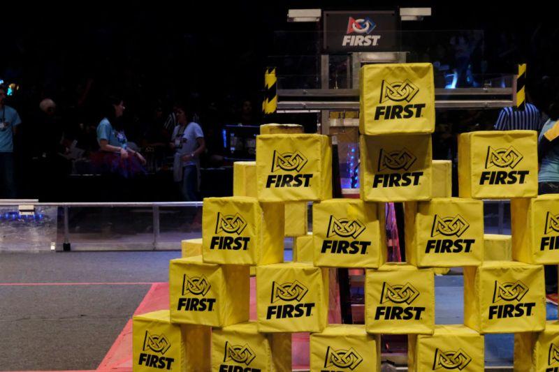 Jóvenes representarán a México en competencia de robótica: FIRST - competencia-de-robotica-first-800x533