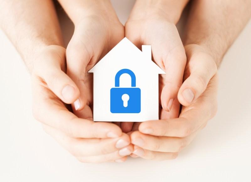 ¿Cómo escoger el mejor seguro para tu casa? - seguro-para-tu-casa-800x580