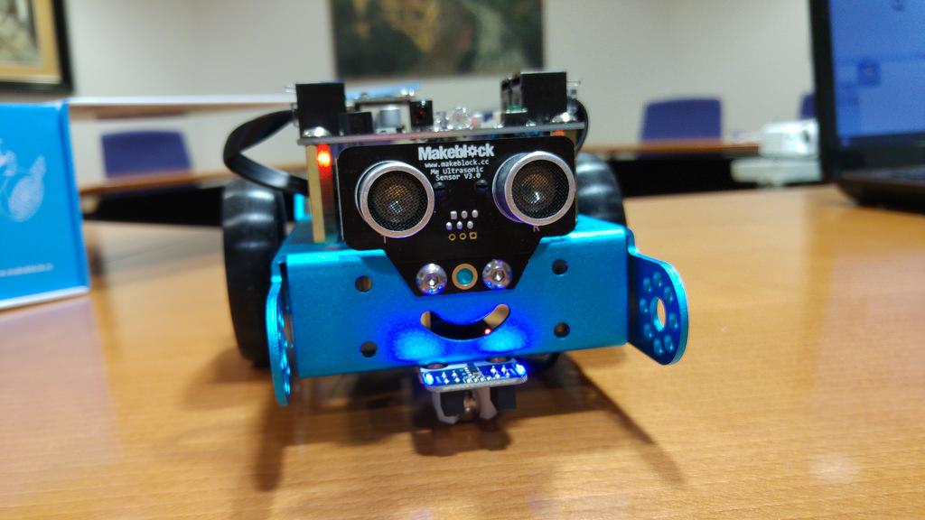 5 juguetes tecnológicos para este día del niño - mbot
