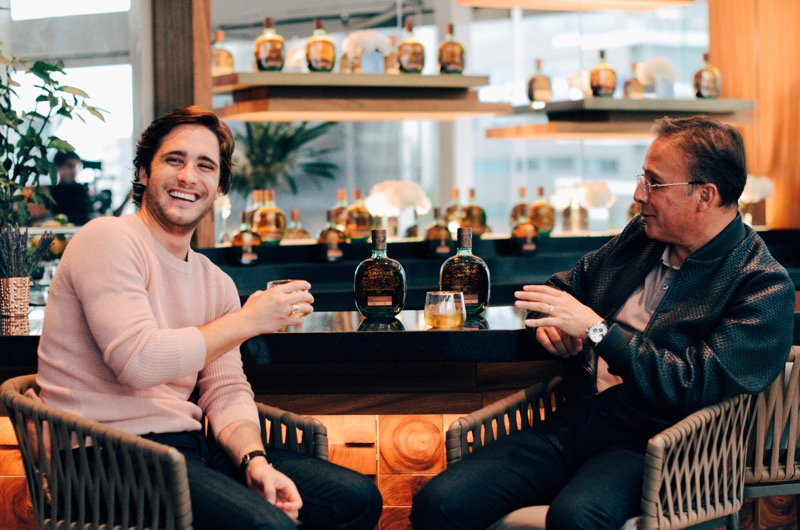 Buchanan's y Diego Boneta lanzan campaña para celebrar el Día del Padre 2018 - esmiturnopapa_1