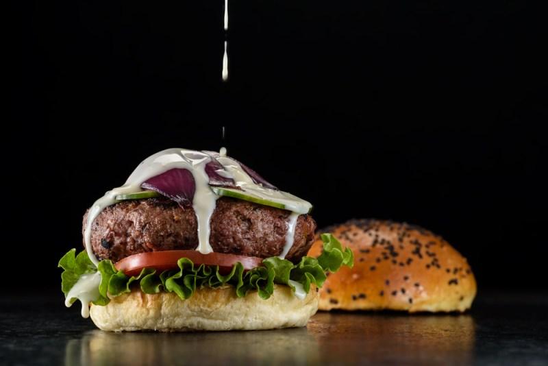 ¡El Día de la Hamburguesa, Butcher & Sons te regala una! - hamburguesa-morrison-800x534