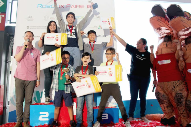 Se realiza con éxito la 12ª edición de RobotiX Faire, Feria de Robótica para niños - 18_robotix-faire-800x534