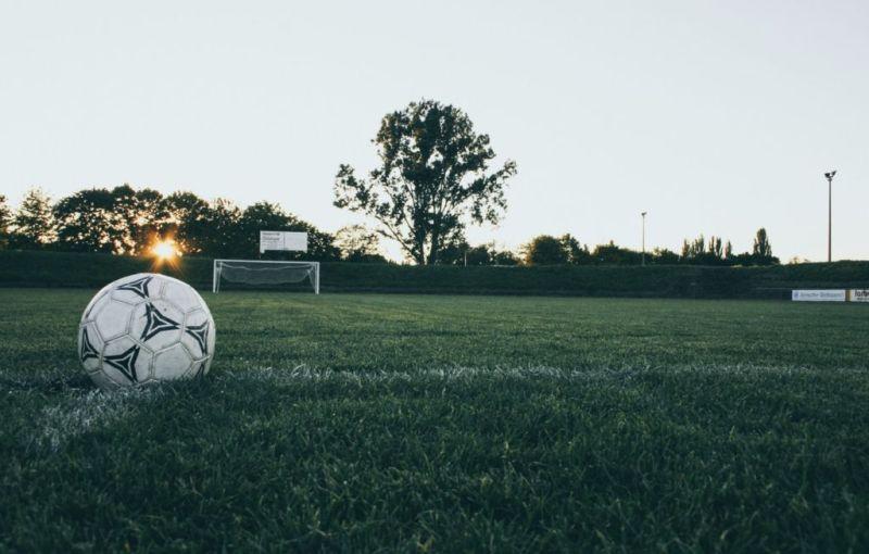 ¿Fiebre de fútbol? las delegaciones de la CDMX con más canchas de fútbol - canchitas-800x510