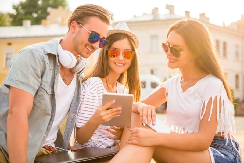 ¿Playa o montaña? 5 apps ¡GRATUITAS! que no te deben faltar este verano - 5-mejores-aplicaciones-verano-800x534