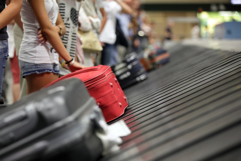Recomendaciones para cuidar tu equipaje al viajar en verano - equipaje-800x534