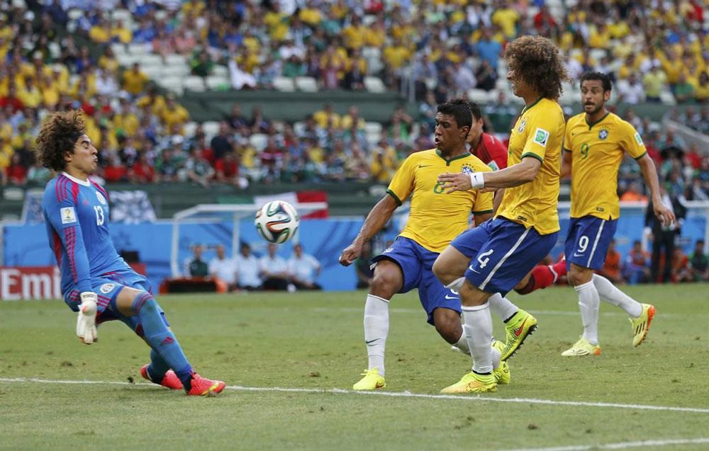 A qué hora juega México vs Brasil en el Mundial 2018 y en qué canal verlo - hora-mexico-vs-brasil-2018-memo-ochoa-brasil-2014