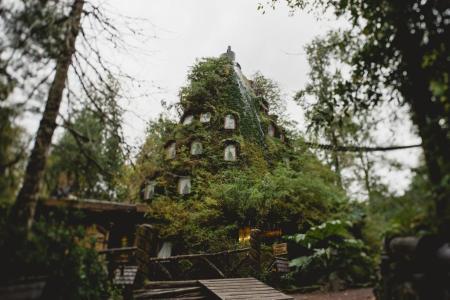 5 de los alojamientos más inusuales de Latinoamérica - monatancc83a-magica-1