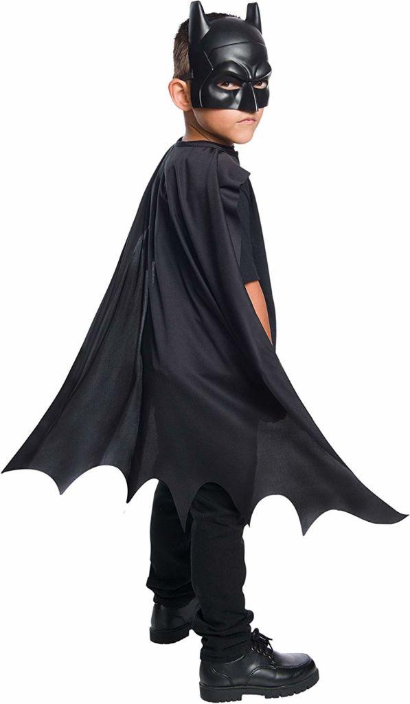 Amazon lanza tiendas especiales de Halloween y día de Muertos - batman