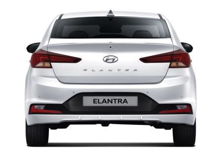 La totalmente nueva Hyundai Santa Fe y el renovado Elantra llegan a México - hundai-elantra-2019ad_pe_2019_hmm_rear
