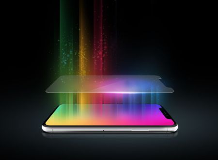 5 gadgets para tu smartphone que DEBES considerar - invisibleshield-glass-450x330