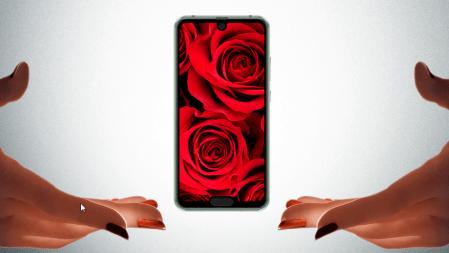 """Uno no es ninguno: Sharp lanza un smartphone con dos """"notch"""" en pantalla"""