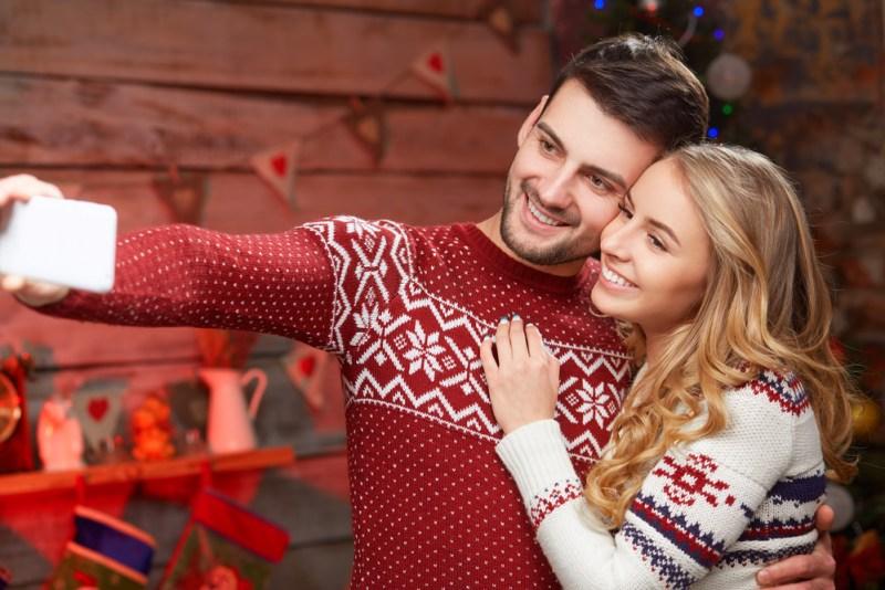 Recomendaciones para obtener las mejores fotos navideñas desde tu cel - fotos-navidencc83as-desde-tu-cel-800x534