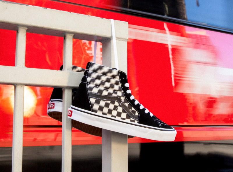 Vans presenta Blur Check Pack, una nueva versión del clásico checkerboard con un diseño distorsionado - vans-blur-check-pack-800x590