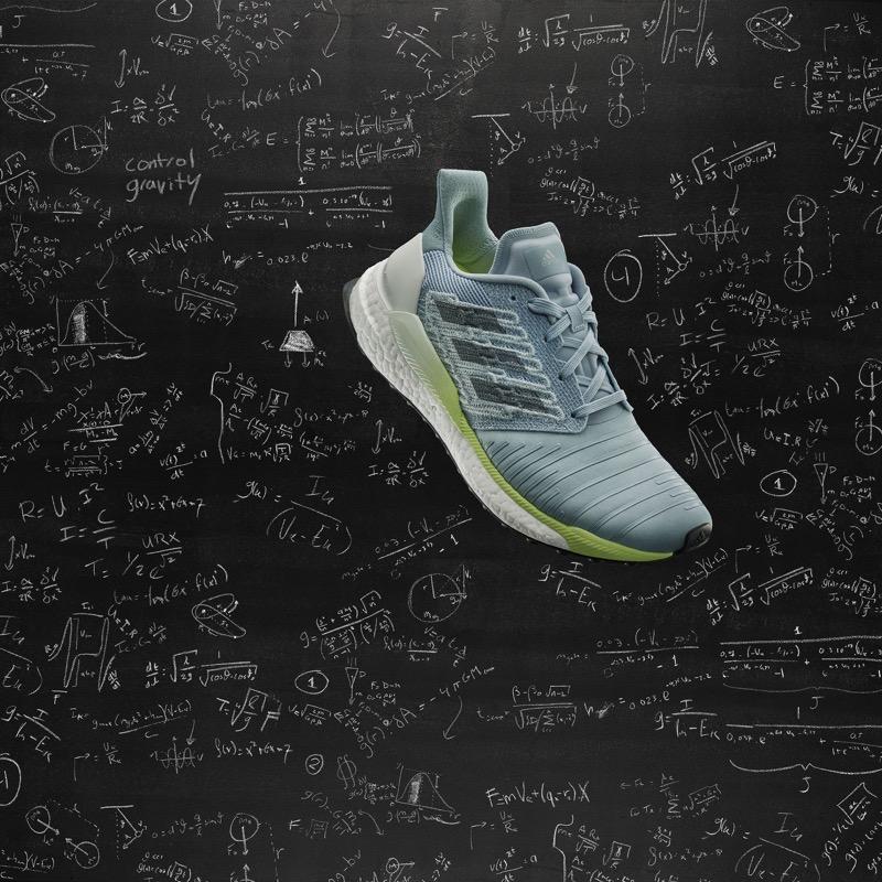 adidas SOLARBOOST, una silueta de running impulsado por la ciencia espacial - ss19_solarboost_image_product_female_beauty_1_-0002_v3_final_pr
