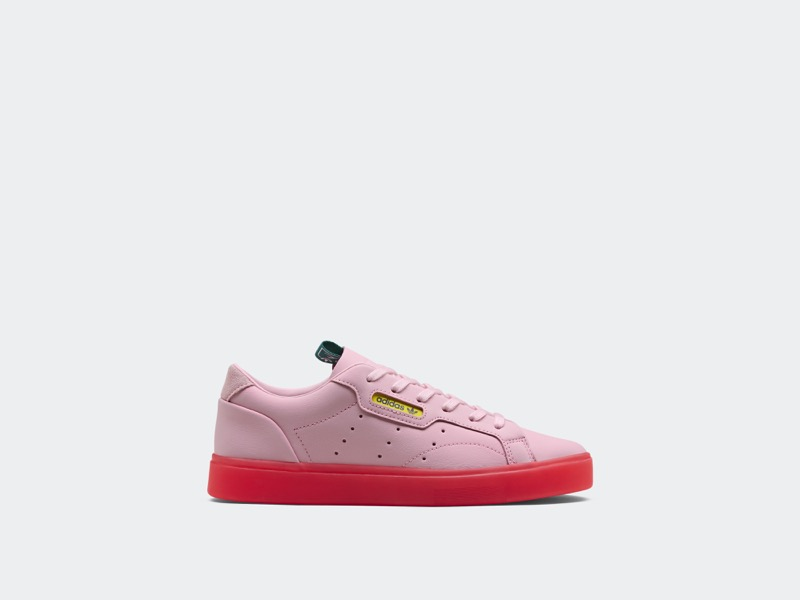 adidas Originals presenta Sleek, una silueta exclusiva para mujer ¡celebra la femineidad! - adidas-originals-sleek-800x600