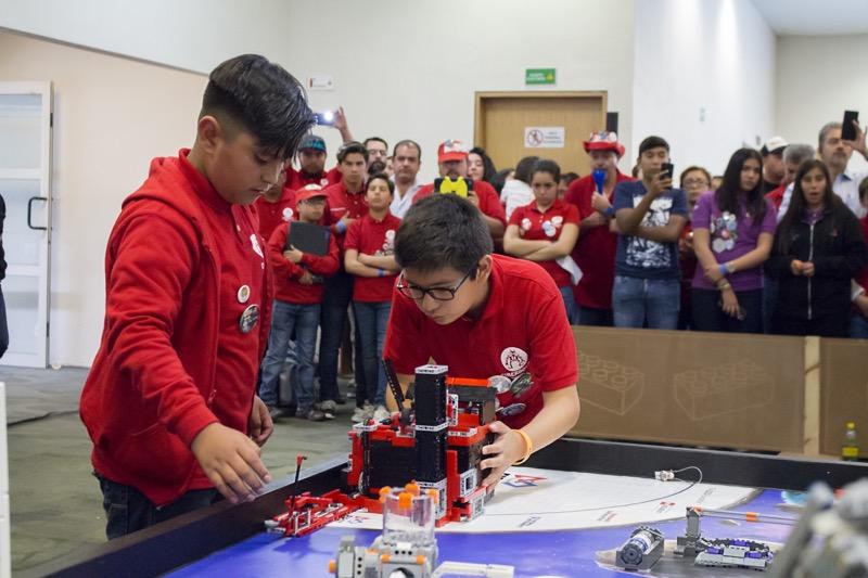 Aumenta la participación de niñas, niños y jóvenes mexicanos en torneos y festivales de robótica - torneos-festivales-de-robotica-800x533