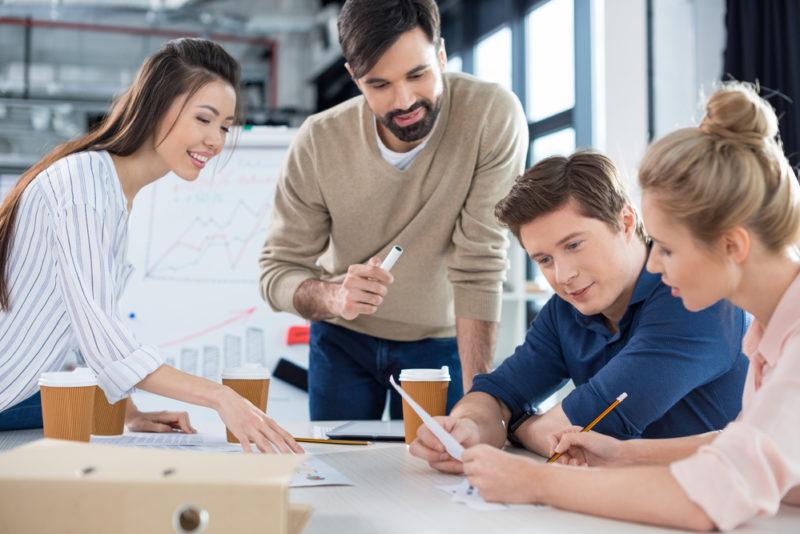 Estos son los puntos a considerar para crear una empresa - abrir-una-empresa-800x534