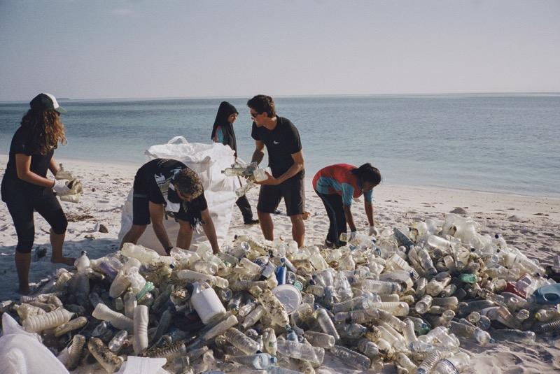 Run for the Oceans: adidas y Parley te invita a limpiar el mar mientras corres - adidas-parley-run-for-the-oceans-800x535