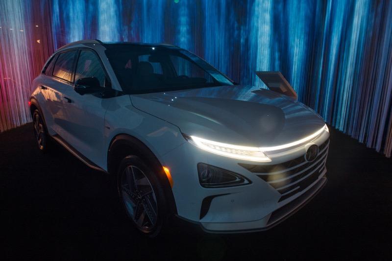 Hyundai exhibe vehículos innovadores y obras de arte experimental - hyundai-arte-tecnologia_6