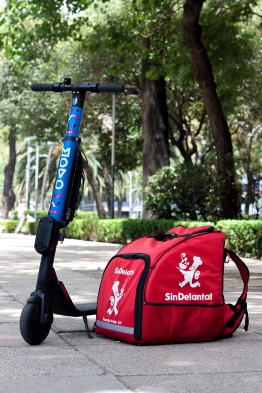 SinDelantal y el servicio de scooters eléctricos Movo se unen en beneficio de la sustentabilidad - movo-sin-delantal_2-533x800