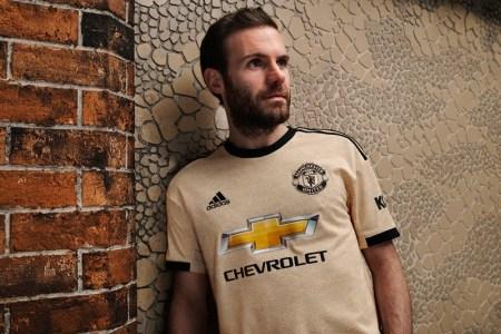adidas y Manchester United lanzan el uniforme inspirado en el arte de la ciudad