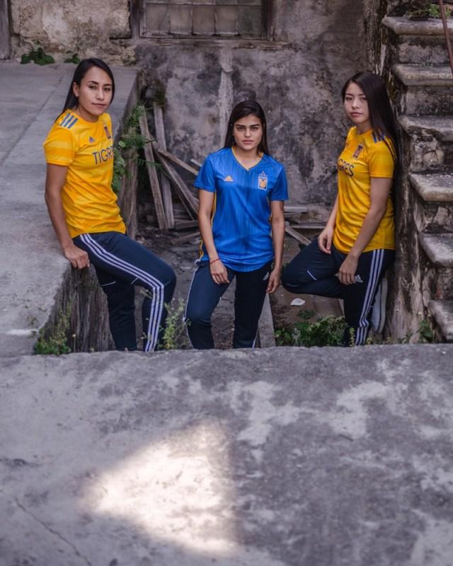adidas presenta Jerseys de Tigres local y visitante para la temporada 2019-2020 - jersey_tigres_7-640x800