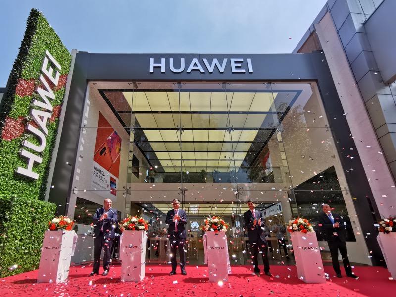 Huawei inaugura 9 nuevas Huawei Experience Stores en México - huawei-experience-store_1-800x600