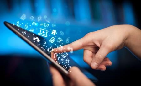 Foro: ¿Cómo conectar a los desconectados?recomendaciones para cerrar la brecha digital en México