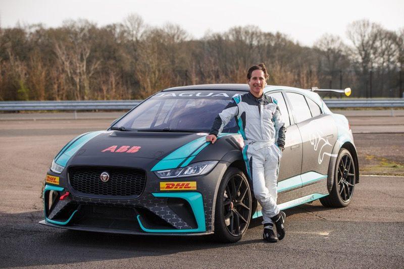 Mario Domínguez, es anunciado piloto VIP de Jaguar I-PACE eTROPHY en la Ciudad de México - jaguar-i-pace-etrophy-800x533