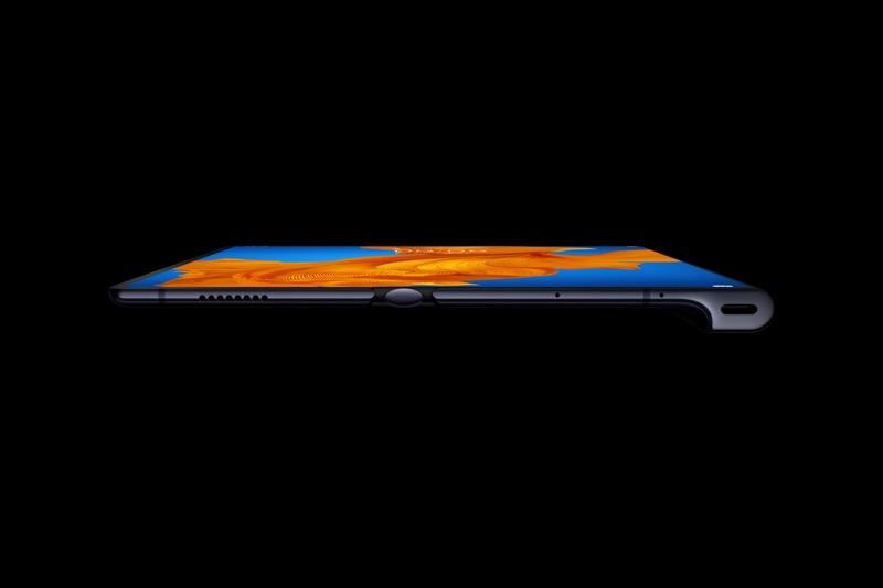 Huawei su nueva estrategia y una gama completa de dispositivos 5G - tahiti-c_product-images_phone_thin_preview_unlock_jpg_200212-800x533