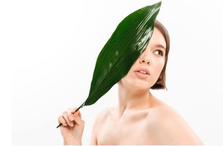 Lo que no sabías del Tea Tree Oil y sus beneficios en tu rutina diaria