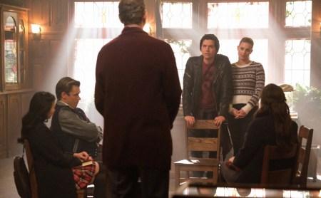 Estreno de episodio de la cuarta temporada de Riverdale: La verdad sale a la luz