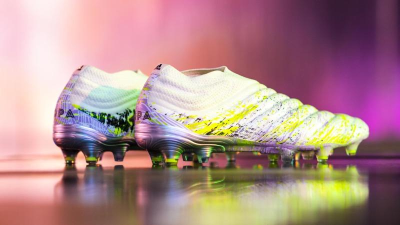 adidas presenta UNIFORIA, pack que mezcla el arte y el fútbol - adidas_copa_uniforia_2