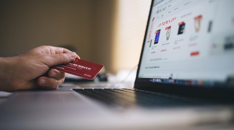 Comprar en línea de manera inteligente durante el Hot Sale 2020 - aguas-con-el-tarjetazo-800x444