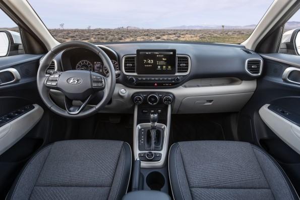 El nuevo Venue 2020 de Hyundai ¡atrae a múltiples generaciones! - venue_hyundai_interior