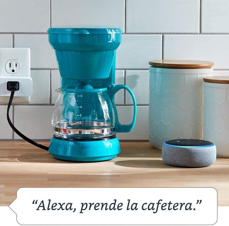 Semana del hogar inteligente con Amazon México del 3 al 7 de agosto - amazon-smart-plug_1