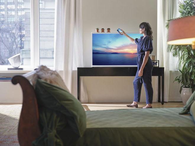 The Serif, televisor de samsung  que combina con tu decoración tal como un obra de arte - the_serif_samsung_2
