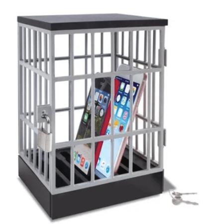 Productos raros que se venden en Mercado Libre - carcel-de-celulares