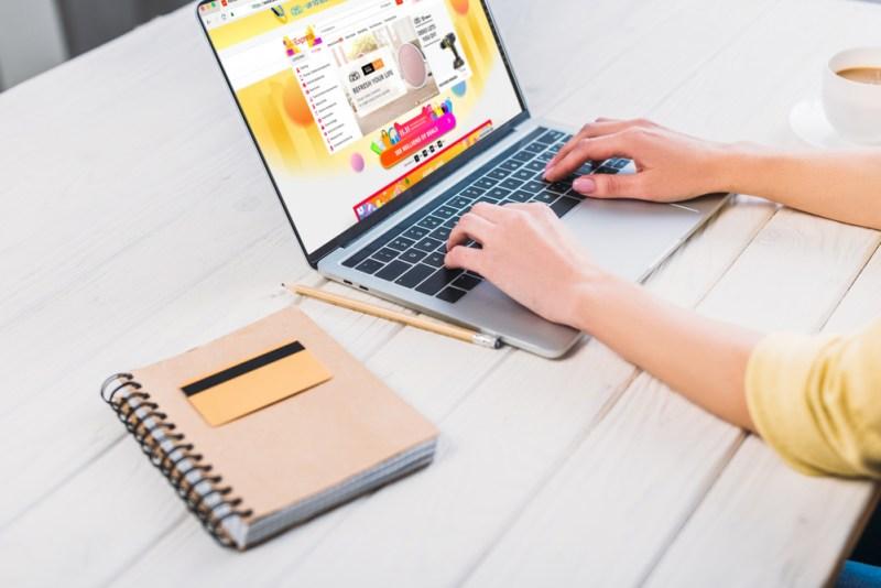 Lo que necesitas saber antes de comprar una computadora en el Buen Fin - comprar-computadora-buen-fin-800x534