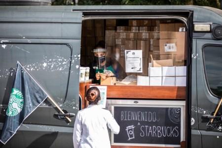 Starbucks celebra el Día Nacional del Médico en México