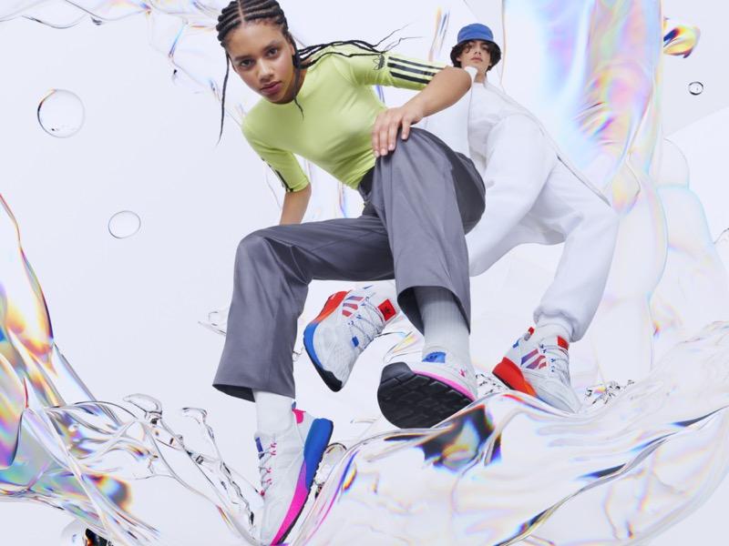 adidas lanza nuevas siluetas ZX 2K con más energía, más amortiguación, más comodidad - group_2zx_2k_adidas_originals_