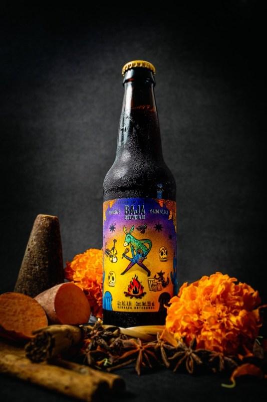"""Cerveza """"Lolobrije"""": hace tributo a las tradiciones mexicanas de los alebrijes y el Día de Muertos - lolobrije_cerveza-533x800"""