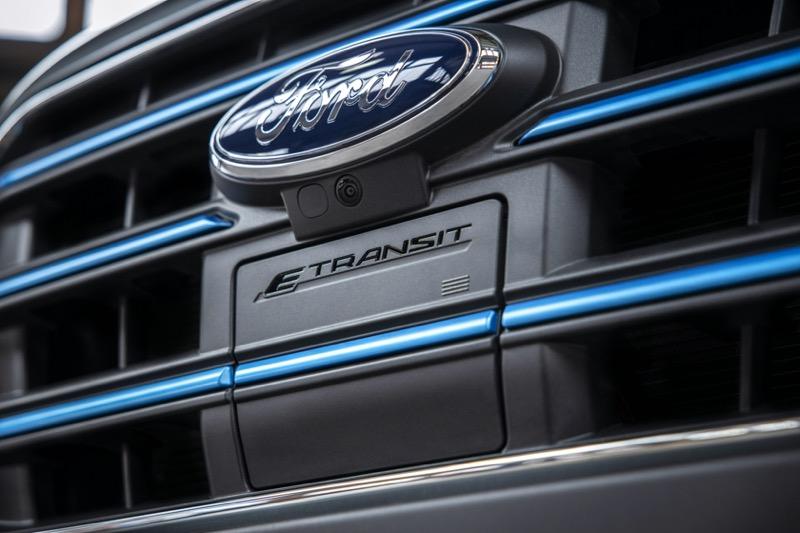 Nueva E-Transit de Ford, una versión totalmente eléctrica de la van de carga más vendida del mundo - e-transit_ford