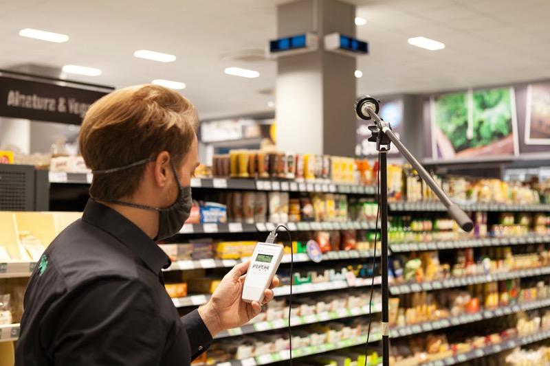 Signify, instala luminarias y dispositivos de desinfección UV-C en supermercados - luminarias-de-desinfeccion-uv-c-de-signify_edeka-uvc-07