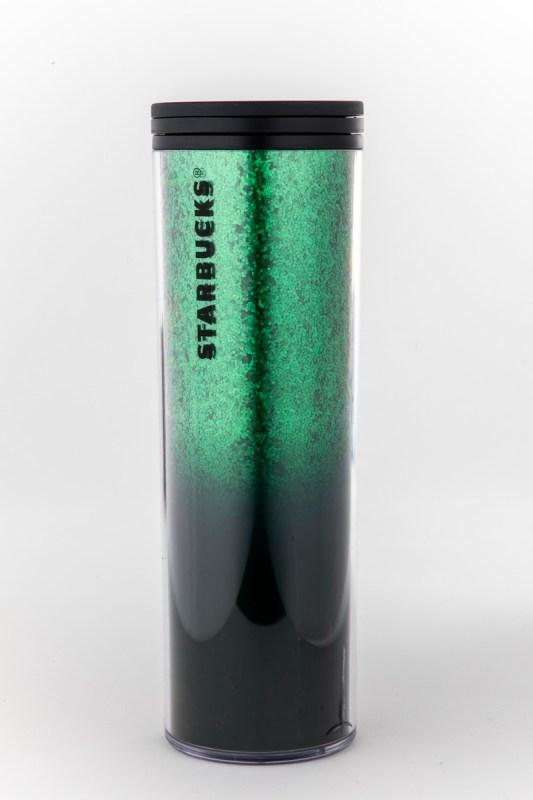 Starbucks tiene opciones perfectas para regalar en esta época - starbucks_tumbler-verde-533x800