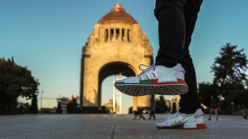 adidas Originals presenta la campaña de su nueva silueta NMD CDMX - adidas_nmd_cdmx_monumento_revolucion-arau